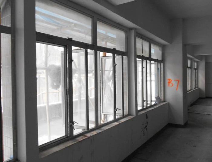 窗戶意外防不勝防
